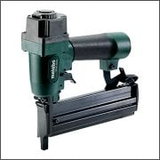 Air Nailers, Staplers & Tackers